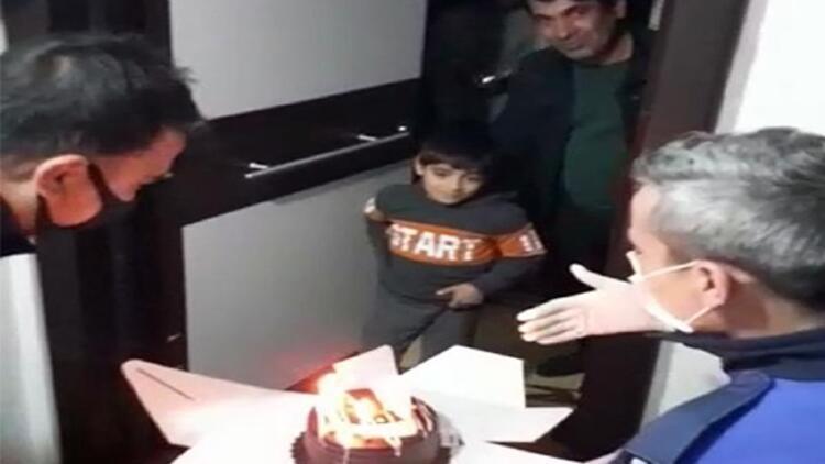 Zabıtadan 8 yaşındaki Arda'ya doğum günü sürprizi