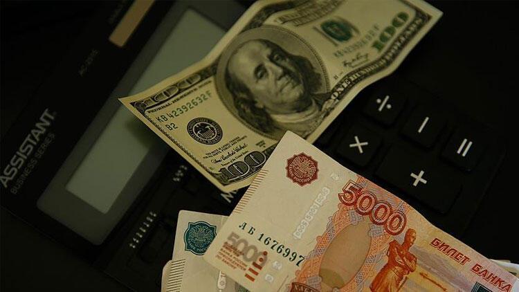 Rusya'da piyasalar karışık açıldı