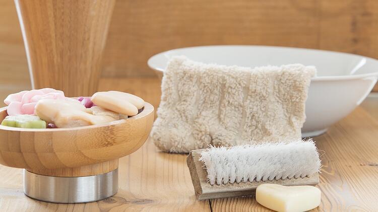 Cilt temizliğinde, sabunların nasıl bir rolü vardır?