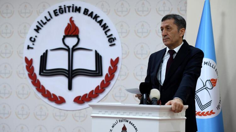 Bakan Selçuk'tan CNN Türk yayınında önemli açıklamalar