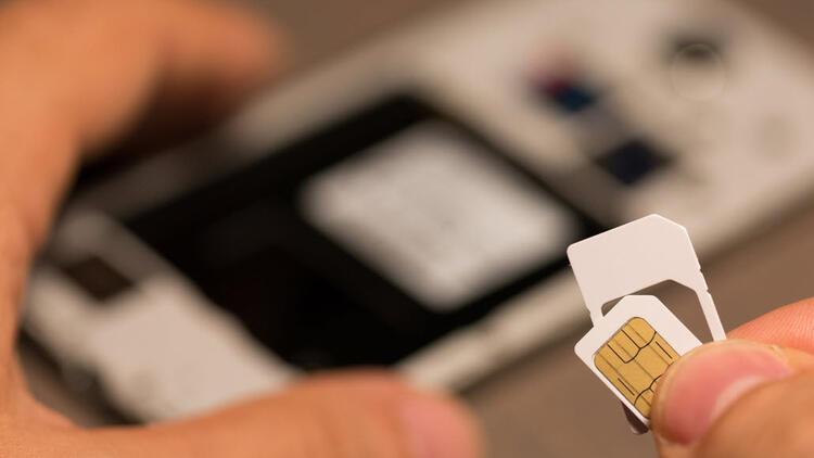Türk Telekom da SIM kartları eve teslim etmeye başladı