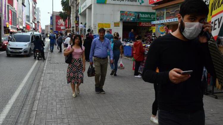 Adana'da 'Ramazan' alışverişi hareketliliği
