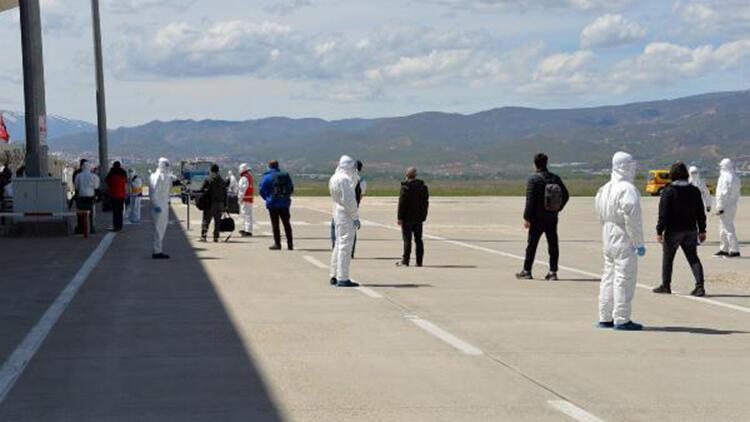 Karadağ'dan getirilen 148 Türk, Bingöl'de yurda yerleştirildi