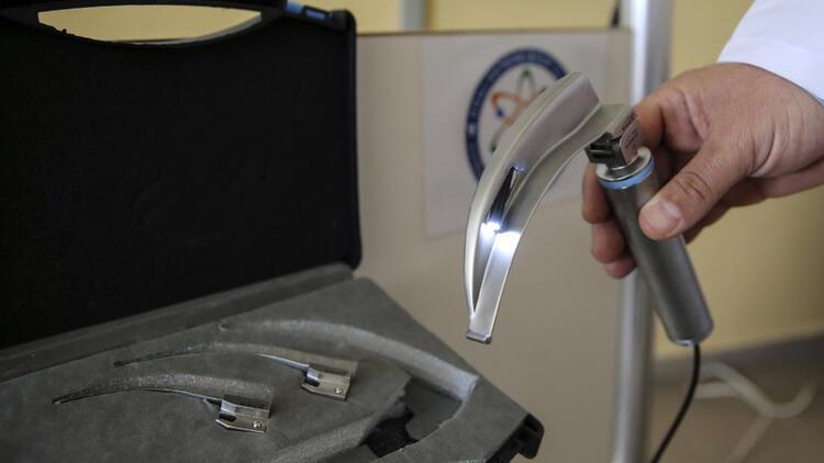 """Meslek lisesinde üretilen """"video laringoskop"""" cihazı tanıtıldı"""
