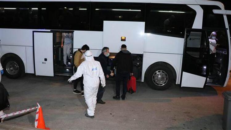Katar'dan getirilen 292 Türk vatandaşından 291'i Manisa'da karantinaya alındı