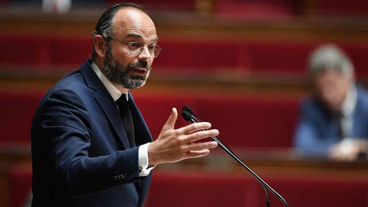 Fransa Başbakanı Philippe, Kovid-19 önlemleriyle ilgili gelişmeleri açıkladı