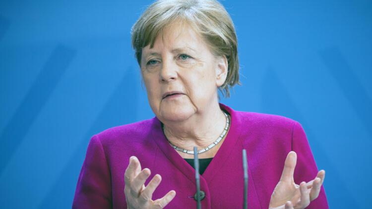 İşverenlerden Merkel'e mektup: 'Bu artık böyle gidemez'