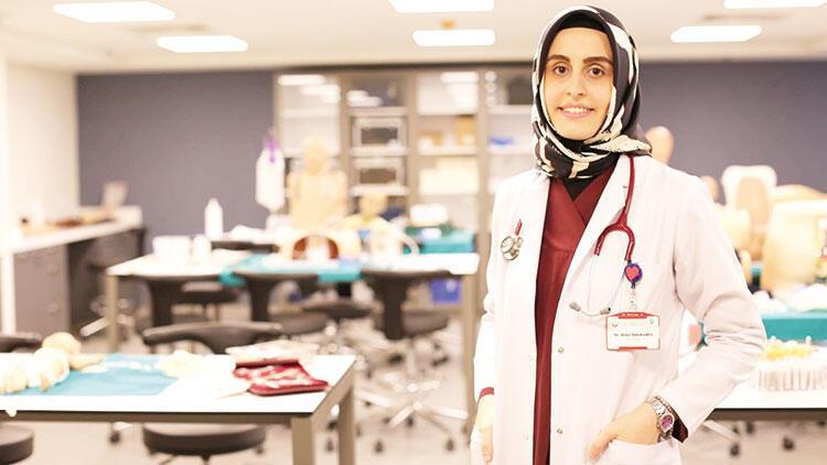 Koronayı yenen doktor görevine döndü, yaşadıklarını anlattı: Odamdan çıkmadım