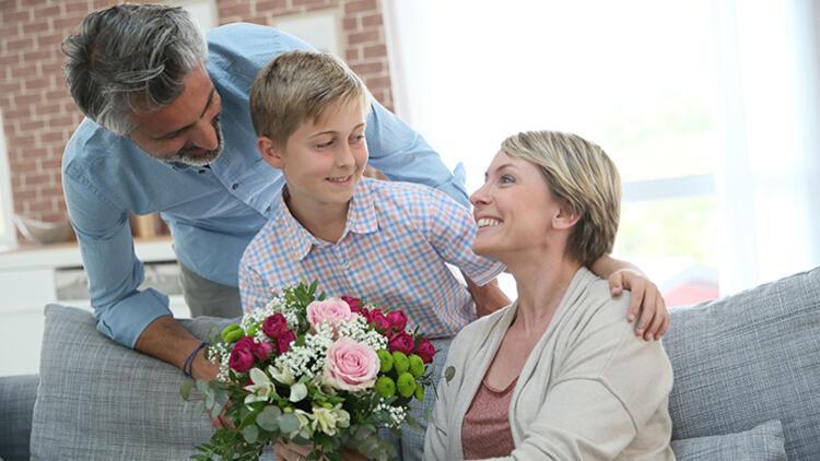 Eşinizin Anneler Gününü Kutlamalı Mısınız?