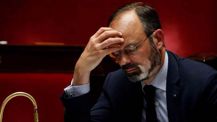 Fransa'da Başbakan Philippe ve birçok bakan hakkında suç duyurusunda bulunuldu