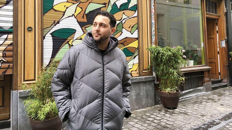 Yeşilçam filmleri Türkiye'ye açılan ışıklı bir kapıydı benim için...
