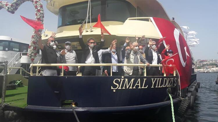Amatörler 19 Mayıs öncesi Türk bayrağını dalgalandırdı
