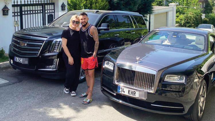 Selin Ciğerci 5 milyona otomobil aldı!