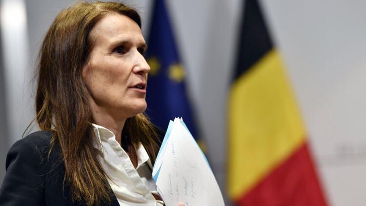 Belçika'da sağlıkçılar Başbakan Wilmes'i protesto etti