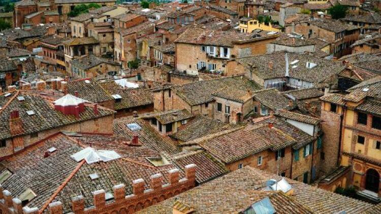 İtalya'da '1 dolarlık' karantina! Mahsur kaldılar