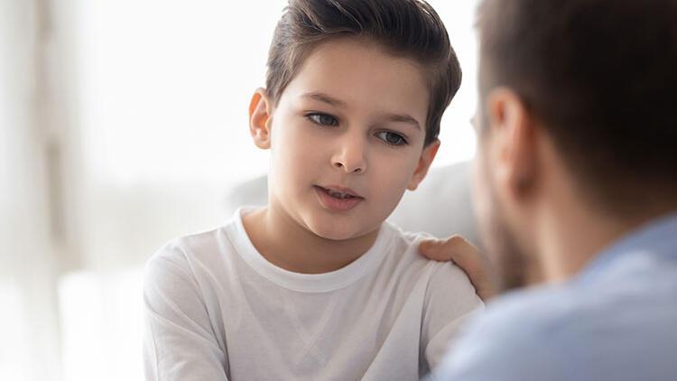 Çocuklarda konuşma bozukluğunun belirtileri ve tedavi yöntemleri nelerdir?