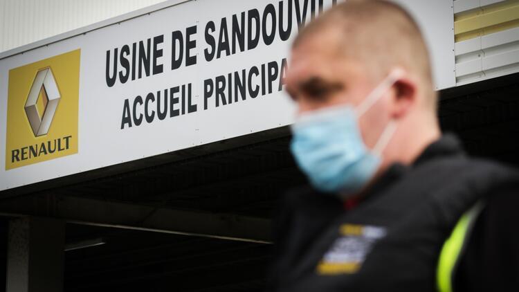 Fransa Ekonomi Bakanı duyurdu! Dünya devine soğuk duş