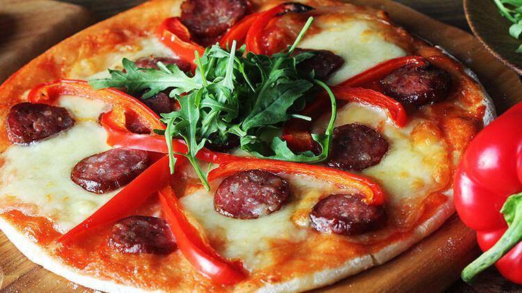 Bulgur tabanlı pizza tarifi