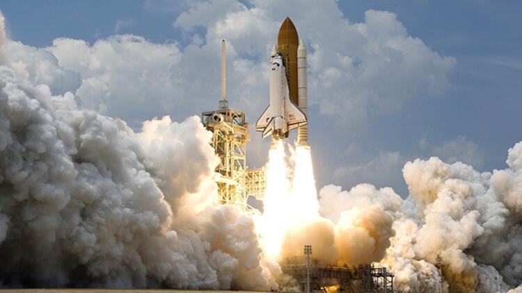 NASA 10 yıl aradan sonra yeniden insanlı roket fırlatacak