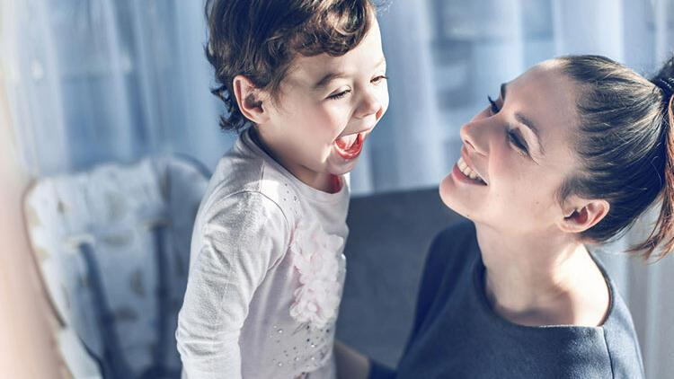 Bebeğiniz ile evde yapabileceğiniz aktiviteler