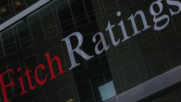 Fitch küresel büyüme tahminlerini düşürdü
