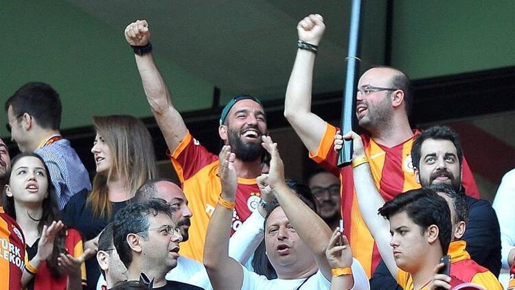 Son Dakika | Galatasaray'da Arda Turan sesleri! Falcao...