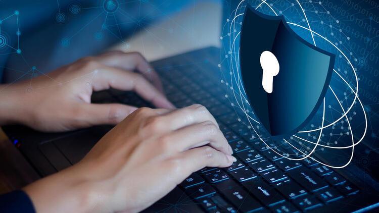 'İnternet siteleri kişisel veriyi korumakla yükümlü'