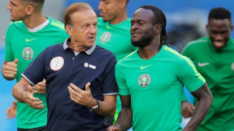 Nijerya'da Gernot Rohr'un sözleşmesi uzatıldı