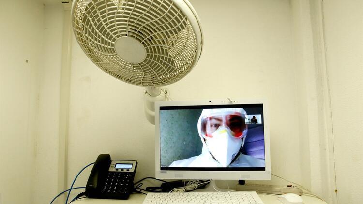 Meksika'da corona virüs nedeniyle son 24 saatte 447 kişi yaşamını yitirdi