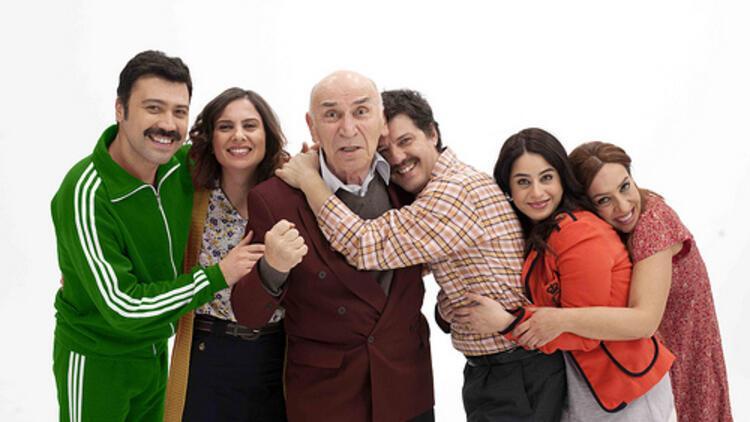 Mutlu Aile Defteri filmi konusu nedir, filmi oyuncuları kimdir? Mutlu Aile Defteri oyuncu kadrosu