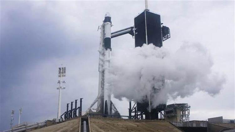 Crew Dragon (Dragon 2) nedir? SpaceX'in Crew Dragon kapsülü hakkında bilgiler...