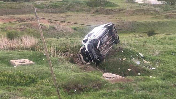 Sivas'ta cenaze aracı devrildi: 1 ölü, 1 yaralı