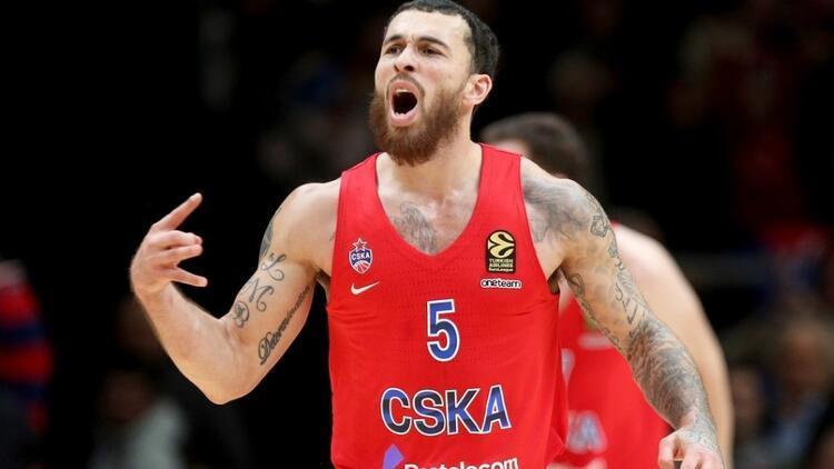 CSKA Moskova, Mike James'in sözleşmesini uzattı