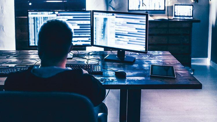 Beyaz hacker'lar istismarcı avında