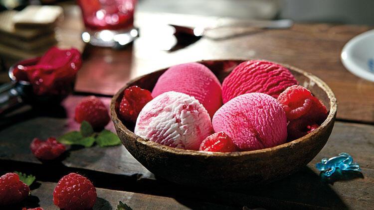 Mevsimin en güzeli dondurma