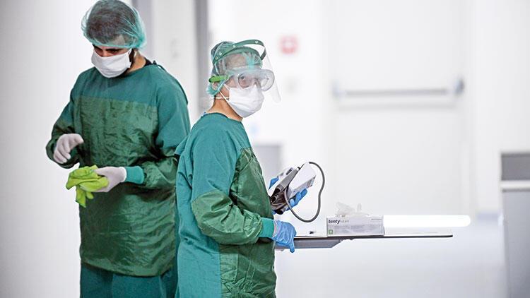 Hürriyet Acil Durum Hastanelerine girdi: Virüs düşmanı sağlık ikizleri