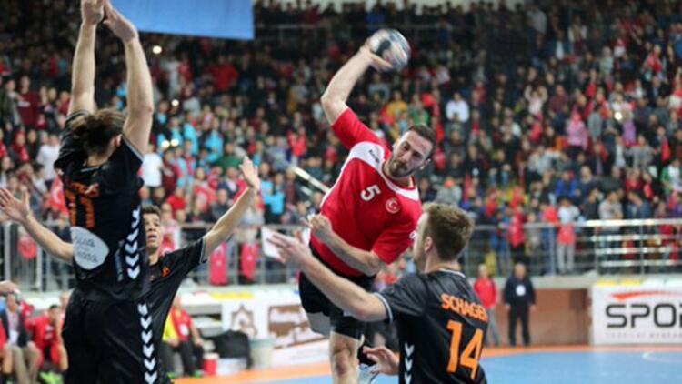 A Milli Erkek Hentbol Takımı'nın Euro 2022 Elemeleri'ndeki rakipleri belli oluyor