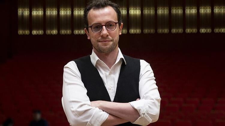 Cumhurbaşkanlığı Senfoni Orkestrası, tarihinin en genç şefine emanet
