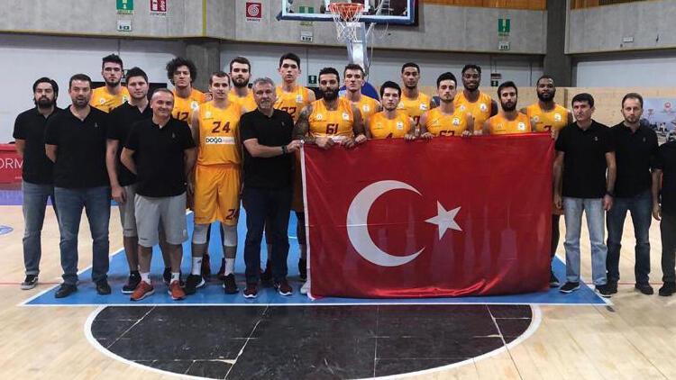Galatasaray'da Yusuf Günay'ın yeğeni Tarık Günay'dan eleştirilere cevap!