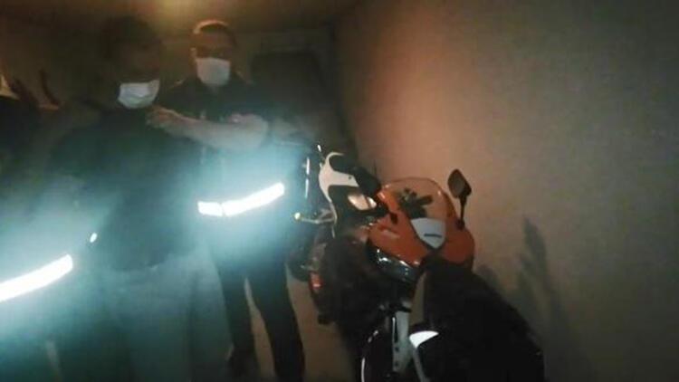 1 günde 3 motosiklet çaldı; hırsızın yakalanma anı kamerada
