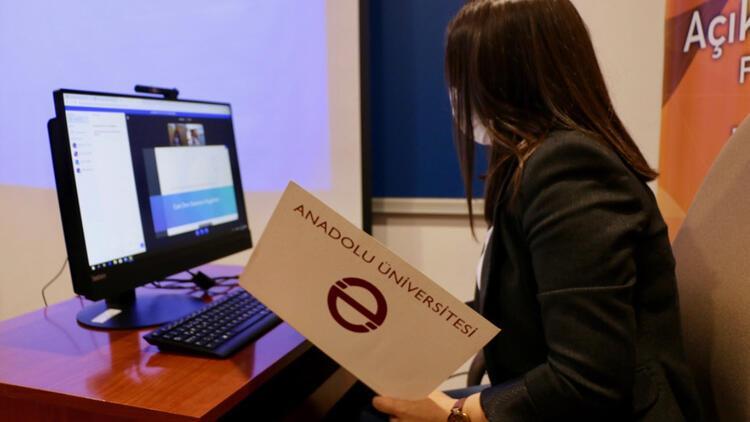 Engelli açıköğretim öğrencilerinin imdadına 'teknoloji' yetişecek