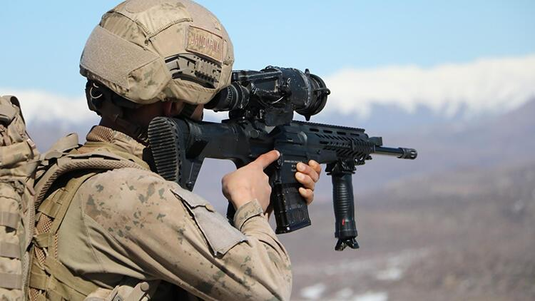 Siirt'te, PKK operasyonunda silah ve mühimmat ele geçti