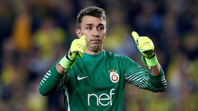 Son Dakika | Galatasaray'dan transfer harekatı! Muslera yerine Ruffier