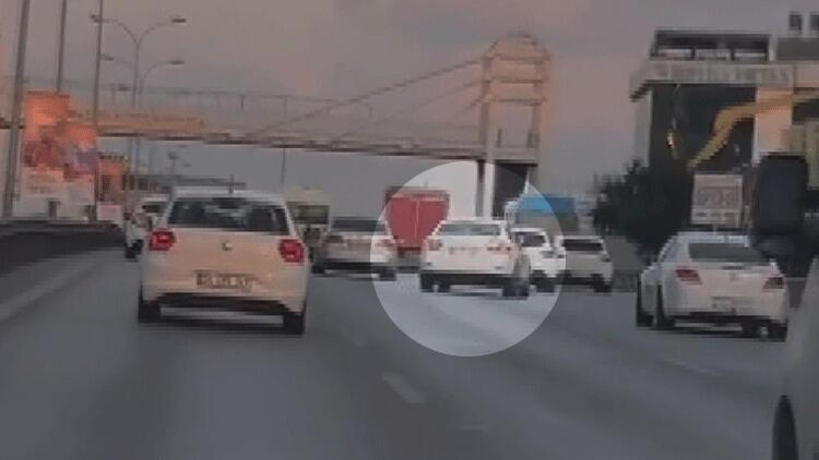 Maltepe'de makas atan otomobilin tehlikeli yolculuğu kamerada