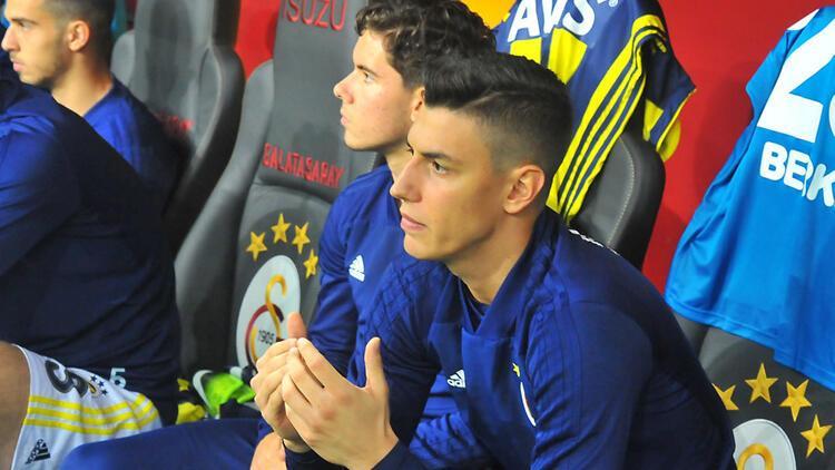 Son Dakika   Fenerbahçeli Berke Özer Westerlo ile sözleşme uzattı