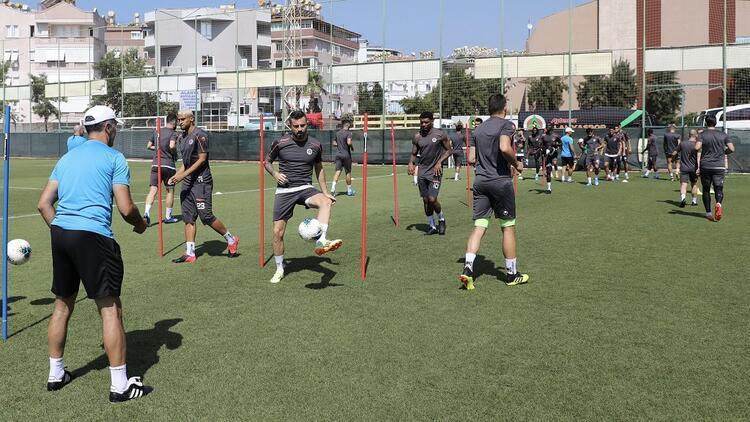 Alanyaspor, Göztepe maçına hazır! Koronavirüs testleri negatif...