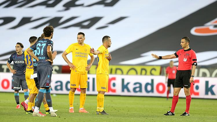 Son Dakika | Trabzonspor'un yıldızı Pereira'dan tepki: 'Kolay kararlar veriyorlar'