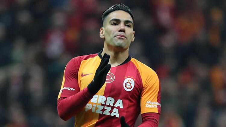 Radamel Falcao, Galatasaray'da 16. maçını kaçırdı