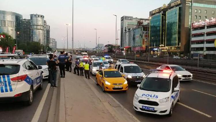Bakırköy'de hareketli anlar: 5 kişi gözaltında