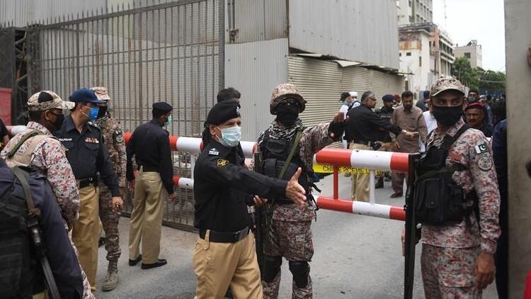 Son dakika! Pakistan'da silahlı saldırıda 6 kişi öldü